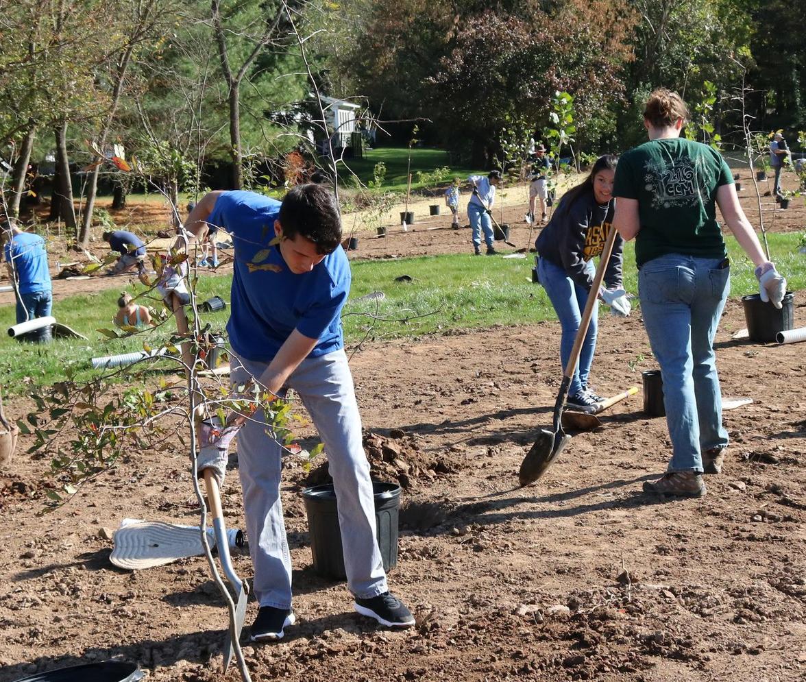 Willistown Conservation Trust Welcomes 12 Student Interns This Season
